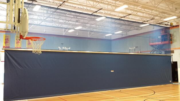 gym_divider_curtain_installation