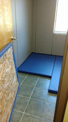 andrus-floor-padding-installation