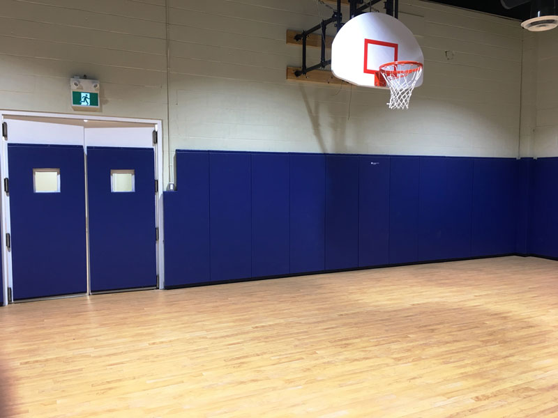 SAAAC-basketball-and-padding-in-gym