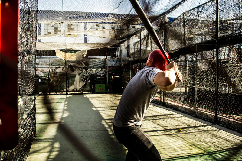 batting-practice-in-batting-cage