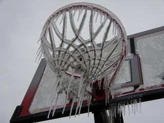 frozen-outdoor-basketball-hoop.jpg