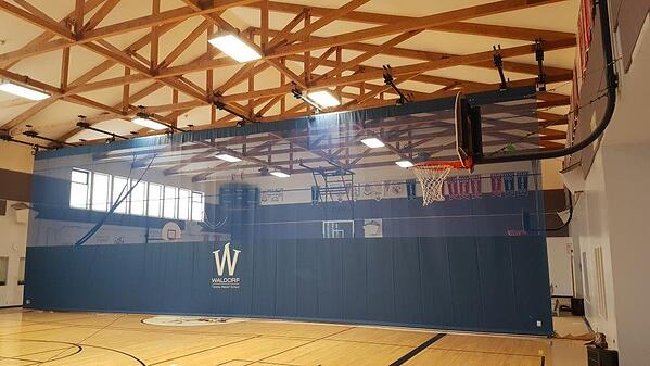 gym-divider-curtain-in-gym-of-toronto-waldorf-school