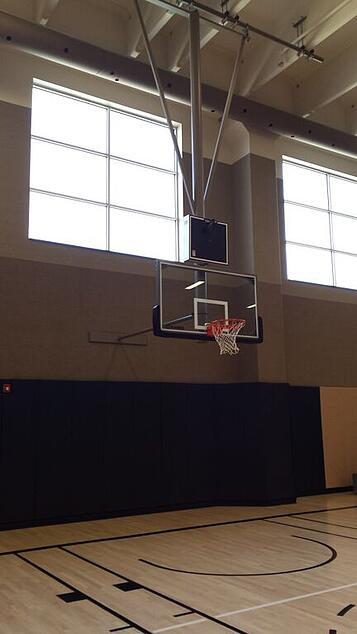 life-time-athletic-basketball-system-and-wall-padding