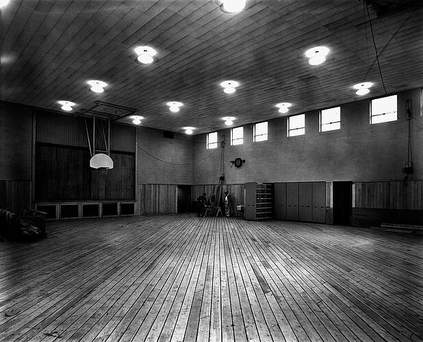 old-school-gym.jpg