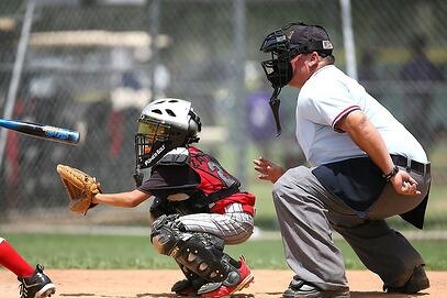 ontario-kids-playing-baseball.jpg