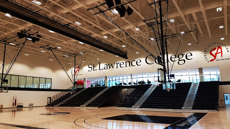 retractable-bleachers-st.lawrence-college