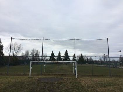 soccer-netting-barrier-Longueuil.jpg