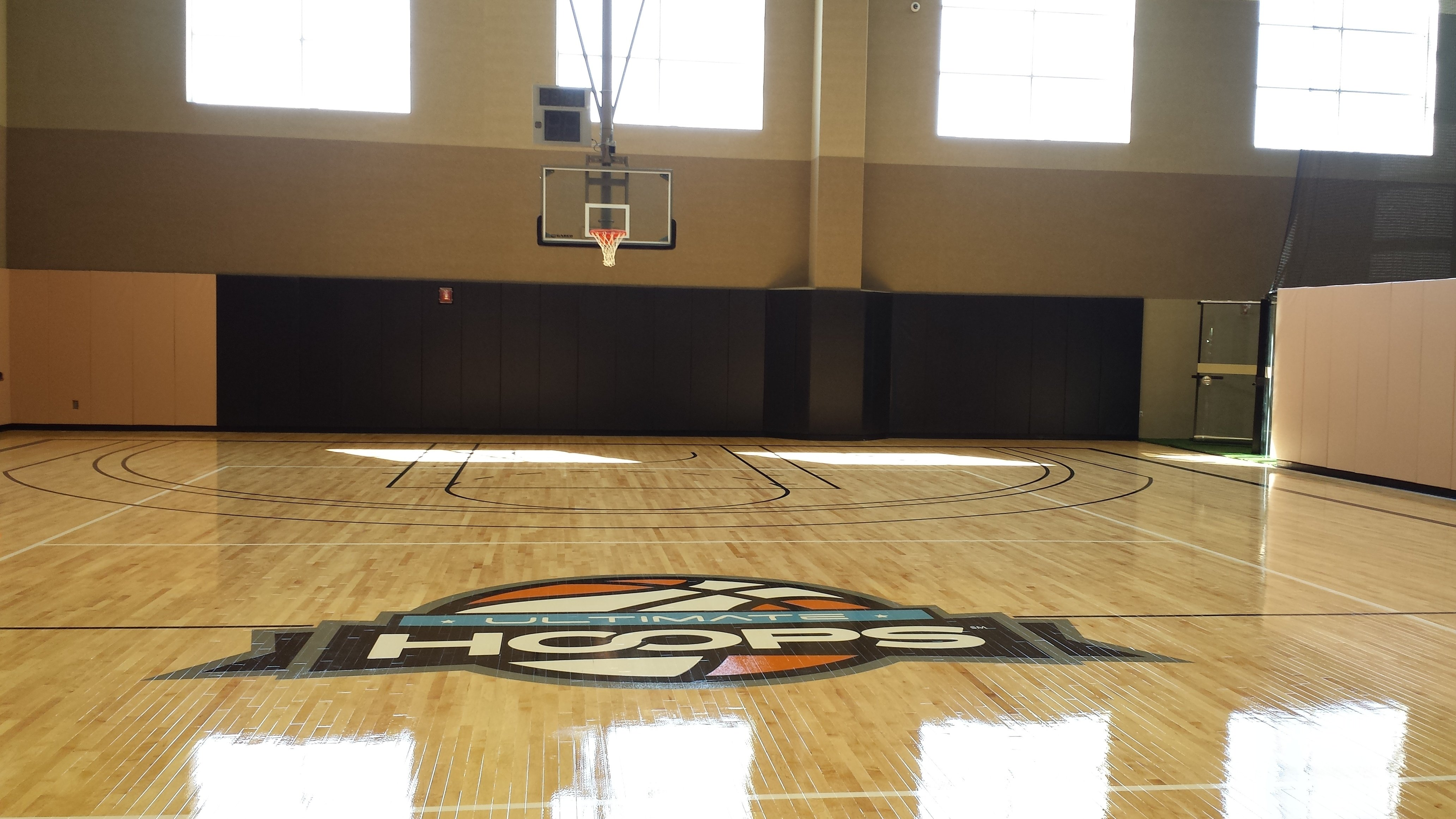 basketball systems custom wall padding for life time. Black Bedroom Furniture Sets. Home Design Ideas